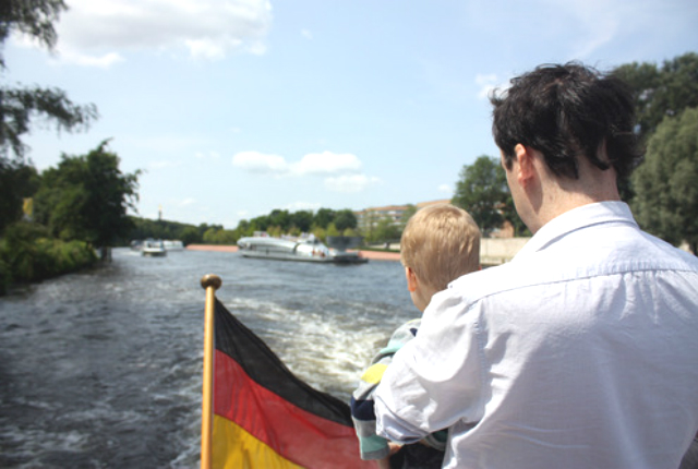 berlin by boat preview