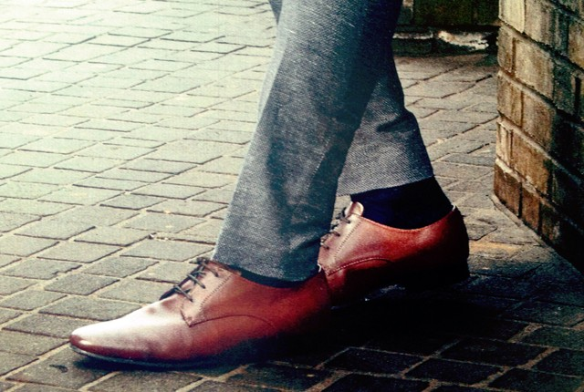 brown shoes preview