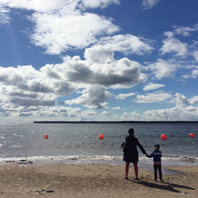 solo travel with kids 10