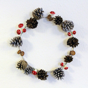 Wintry Pine Cone Wreath Tutorial