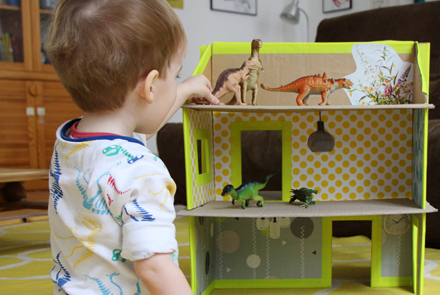 slotted dollhouse preview