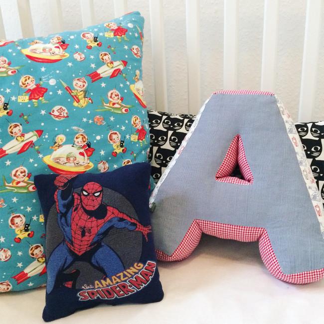 Mini Spiderman Pillow 03