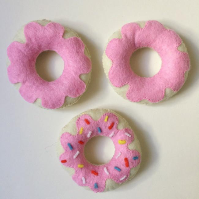 diy felt donuts 07