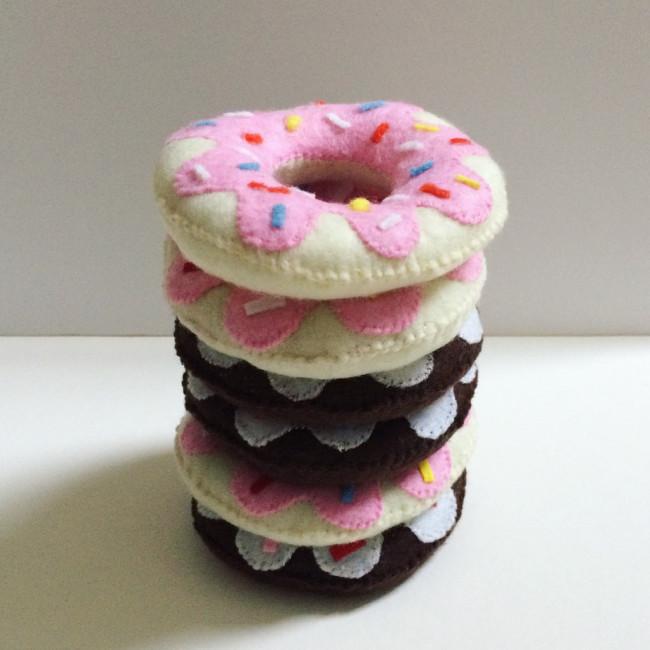 diy felt donuts 09