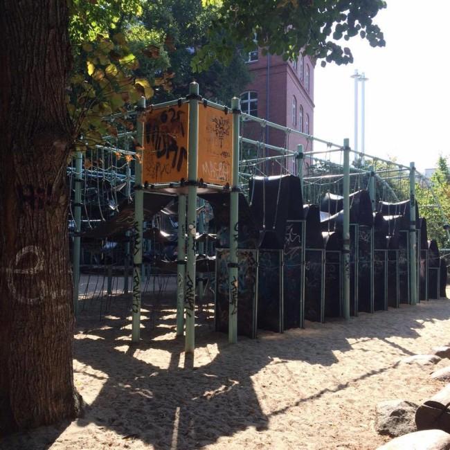 Gummi Spielplatz Berlin Schoeneberg