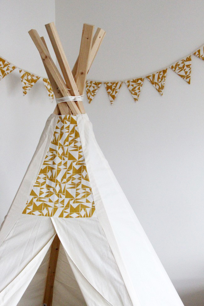 diy bunting and teepee