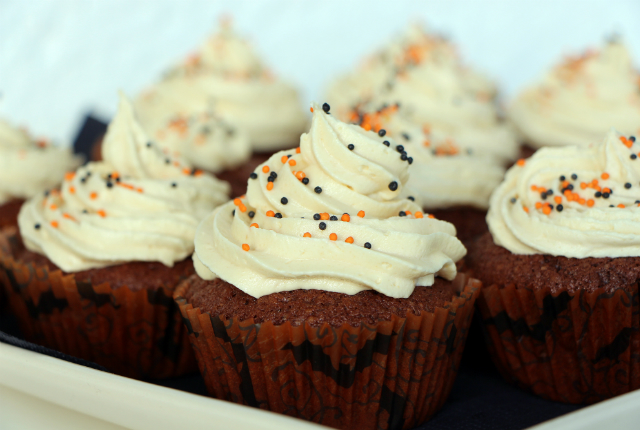 pumpkin spice cupcakes preview