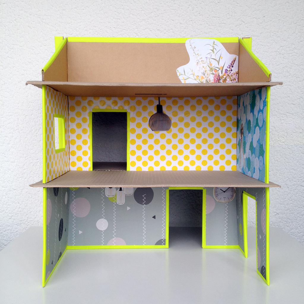 carboard-slotted-dollshouse-010
