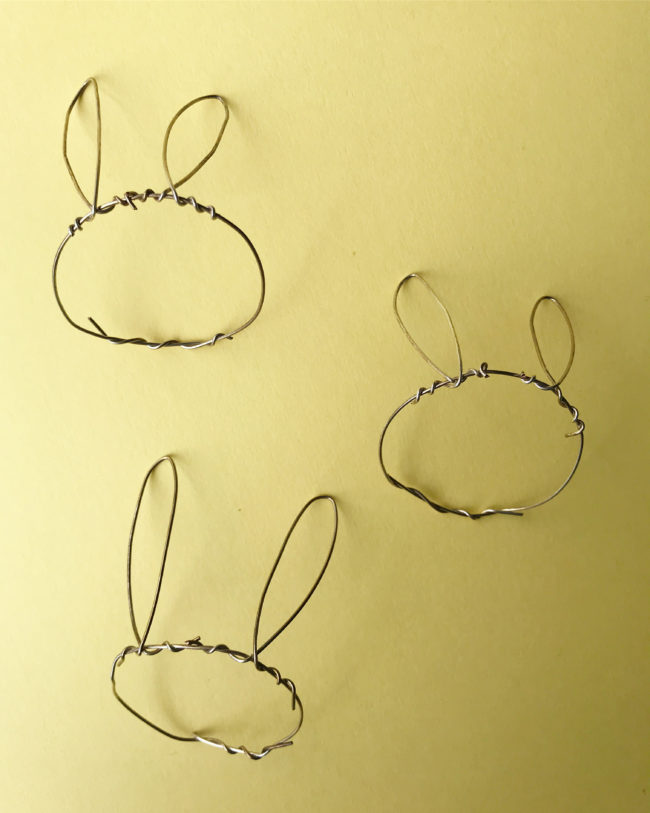 Easter Decor DIY Wire Bunny Ears Tutorial