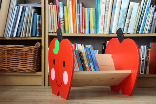 Apple Book Shelf
